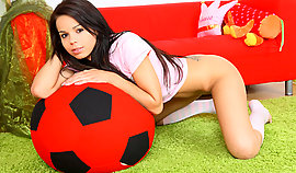 Gorgeous football fan girl worships to do it in a from behind