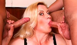 This dominated ripe young lady goes for gratifying raw winkles with dressy mean long winkles